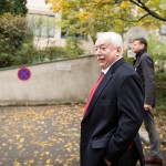 Bürgermeister Dr. Michael Häupl auf dem Weg zur Wahl