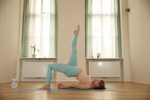 Yoga Posen mit den Mädels von fancypantsyoga